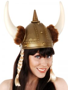 viking-girl-with-helmet