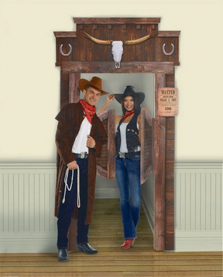 WESTERN DELUXE SALOON DOOR DECORATION