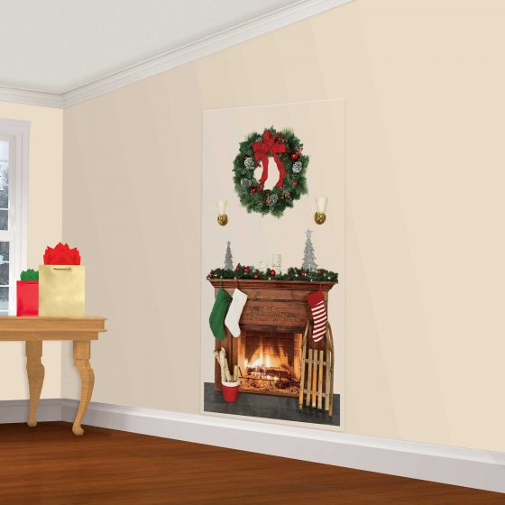 SCENE SETTER - CHRISTMAS FIREPLACE & WREATH