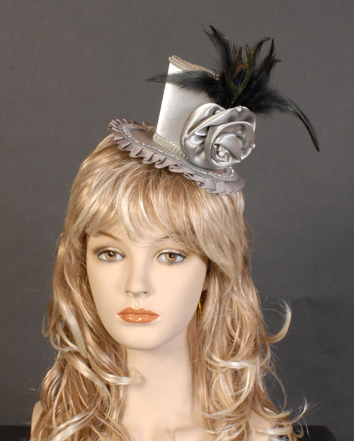 MELBOURNE CUP FASCINATOR LADIES HAT - SILVER WITH BLACK FEATHERS