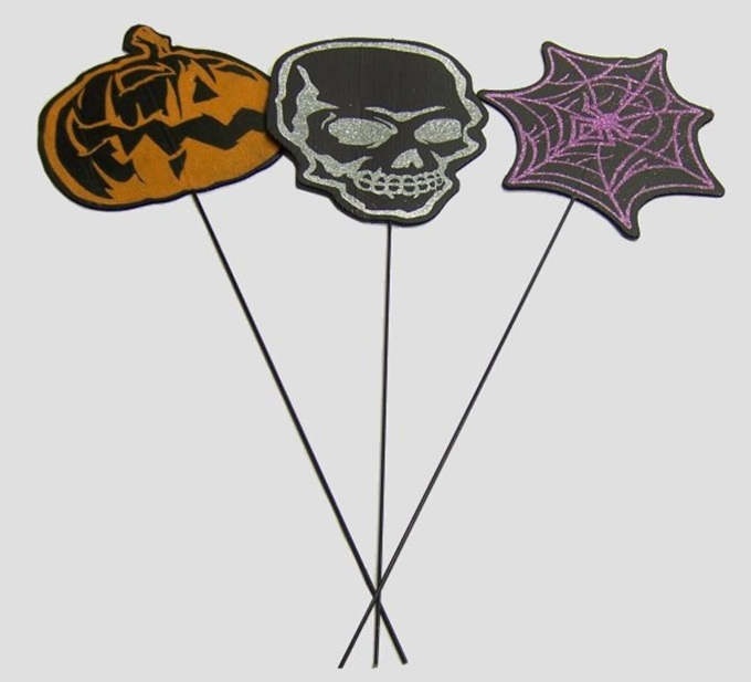 SPOOKY GARDEN STAKES SET OF 3