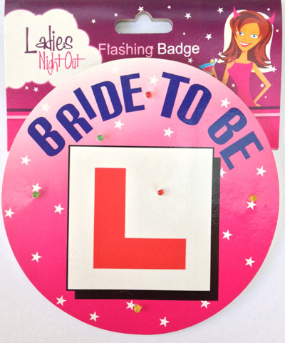 GIRLS NIGHT OUT FLASHING 'L' ROUND BADGE