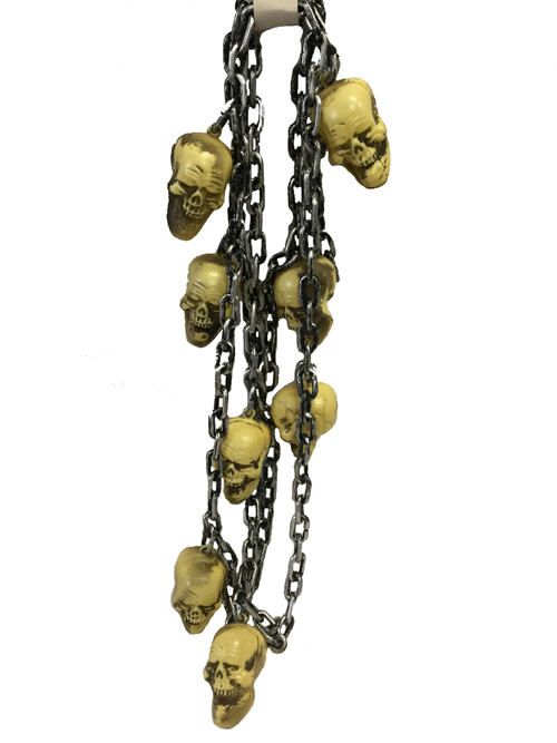 BAG OF 8 SKULLS ON A 1.5M CHAIN