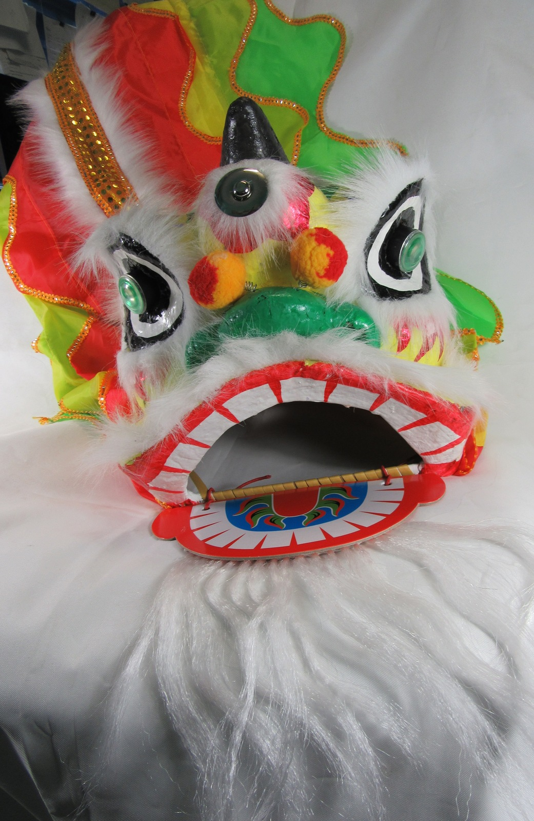 CHINESE NEW YEAR DECORATIVE HANGING DRAGON HEAD