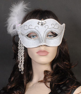 MASK - WHITE & SILVER LAME FEATHERED & JEWELLED