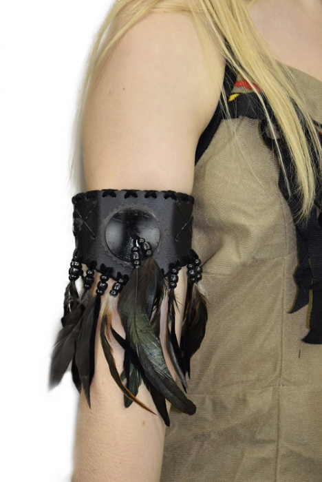 INDIAN BEADED LEATHER ARMBAND - BLACK