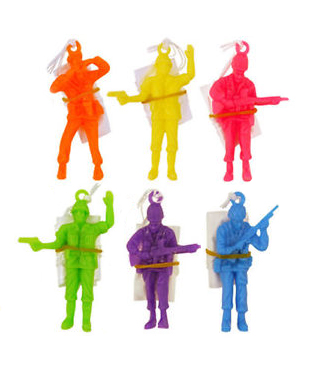 PARTY FAVOURS - LARGE PARACHUTE MEN PACK OF 6