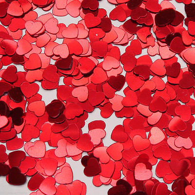 TABLE SCATTERS RED HEARTS