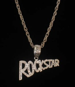 BLING METAL ROCKSTAR NECKLACE - SILVER